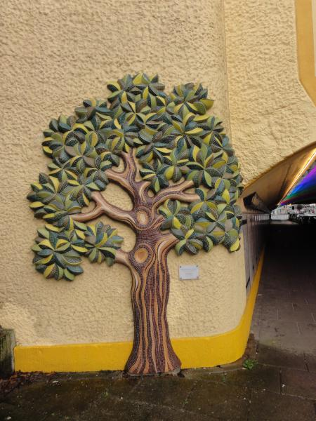 Lebensbaum am Bremer Friedenstunnel